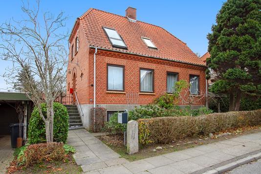 Villa på Stampesvej i Vejle - Set fra vejen