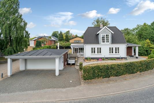 Villa på Nørre Bygade i Vejle - Set fra vejen