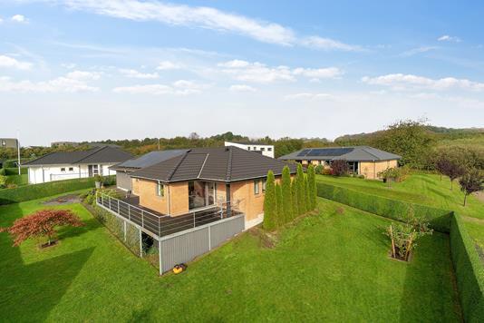 Villa på Frugthaven i Vejle Øst - Set fra haven