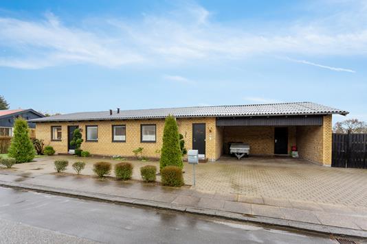 Villa på Uglevej i Vejle - Set fra vejen