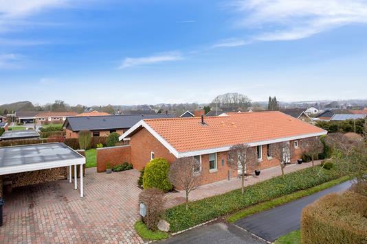 Villa på Tornager i Vejle Øst - Set fra vejen