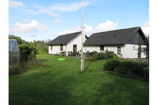 Villa på Naundrupvej i Møldrup - Ejendom 2