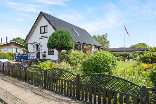 Villa på Bøgevej i Møldrup - Ejendommen