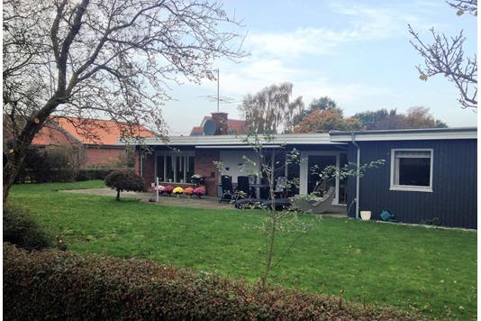 Villa på Nybovænget i Møldrup - Ejendommen