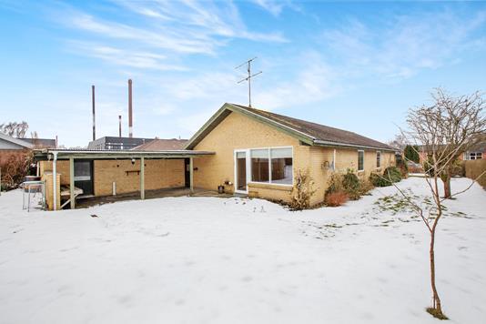 Villa på Grønnegade i Møldrup - Ejendommen