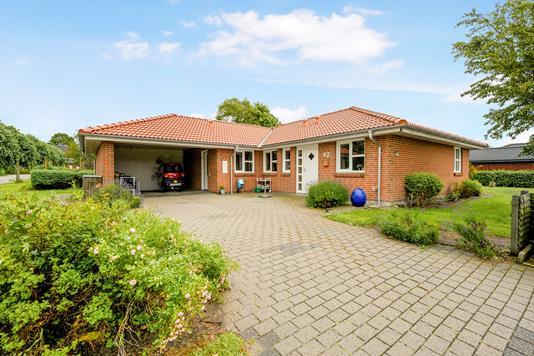 Villa på Astrupvænget i Møldrup - Ejendom 1