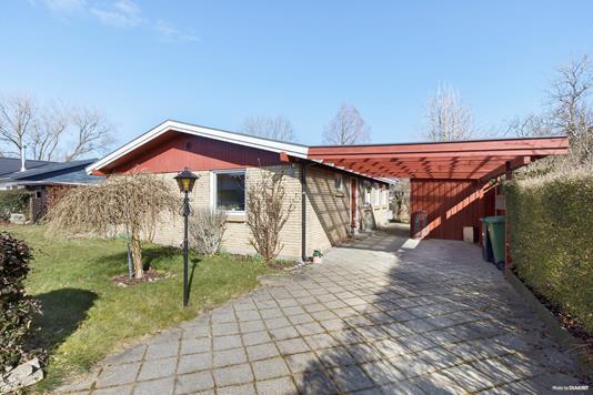 Villa på Ålykkevej i Solrød Strand - Ejendommen