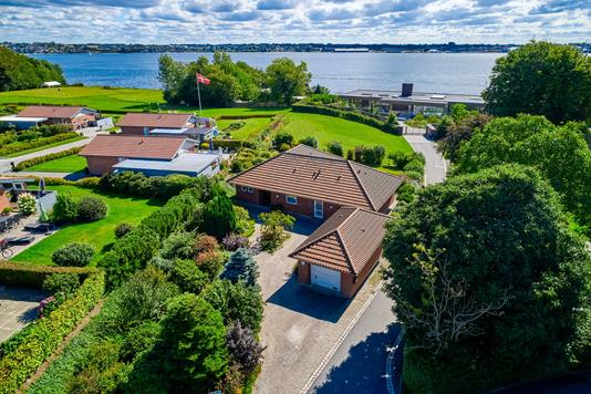 Villa på Lillenæs i Fredericia - Luftfoto