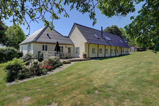 Villa på Ågårdsvej i Stenløse - Ejendommen