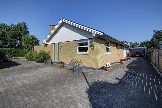 Villa på Hermannsvej i Stenløse - Ejendommen