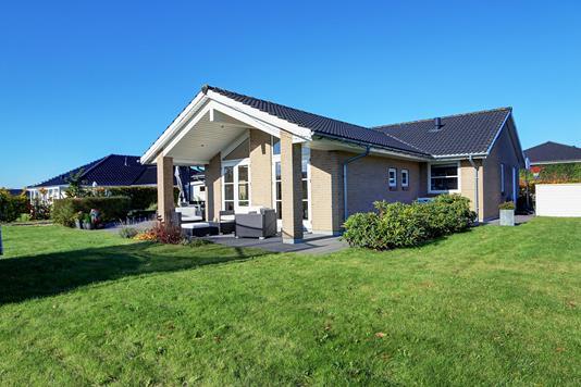 Villa på Emilsvej i Ølstykke - Ejendommen