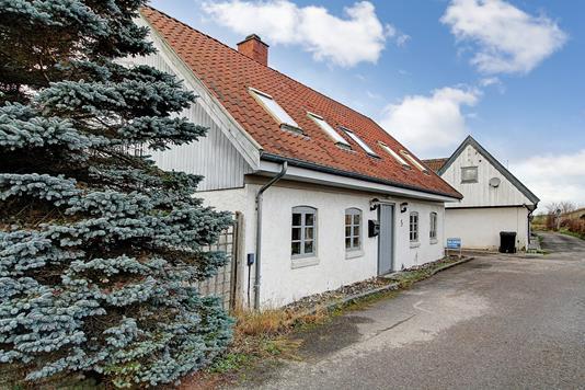 Villa på Stenpilstræde i Veksø Sjælland - Ejendommen