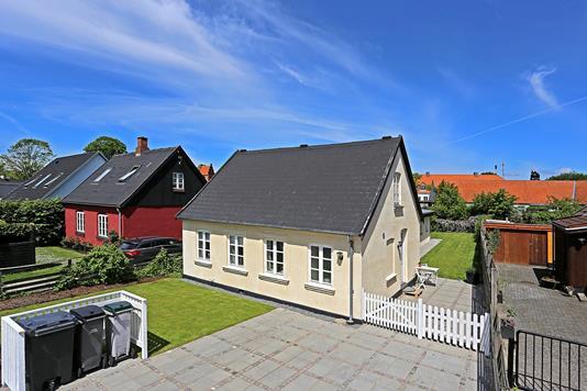 Villa på Måløvvej i Stenløse - Ejendommen