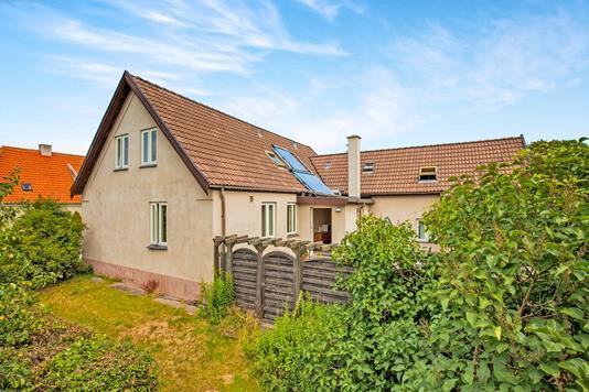 Villa på Overdrevsvej i Hundested - Ejendommen