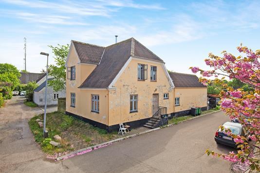 Villa på Smedegade i Hundested - Ejendommen