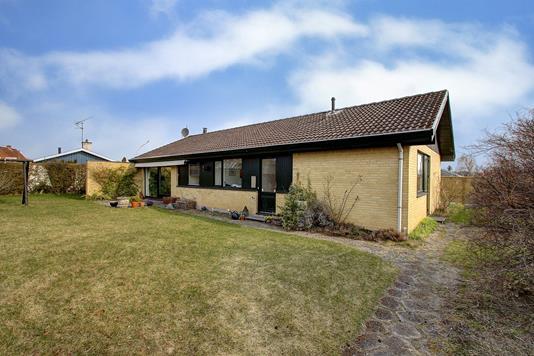 Villa på Engvej i Slangerup - Ejendommen