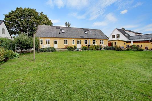 Villa på Svaldergade i Slangerup - Ejendommen