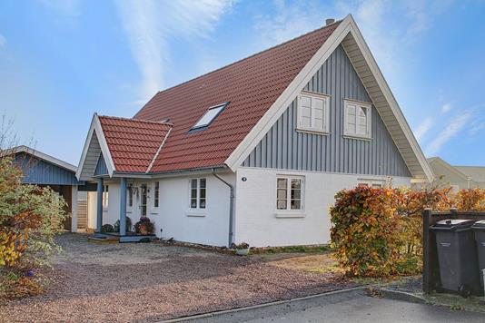 Villa på Esrohaven i Jægerspris - Ejendommen