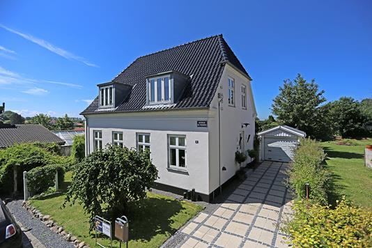 Villa på Ågårdsstræde i Slangerup - Ejendommen