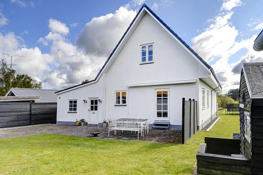 Villa på Månevej i Slangerup - Ejendommen