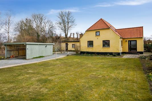 Villa på Trustrupvej i Hundslund - Set fra haven