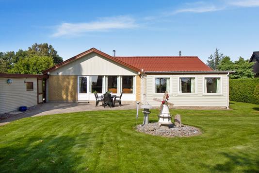 Villa på Hasselvej i Gedved - Set fra haven