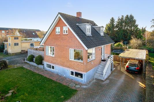 Villa på Kildevej i Horsens - Set fra vejen