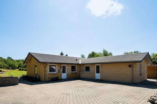 Villa på Hedelundvej i Flemming - Set fra vejen