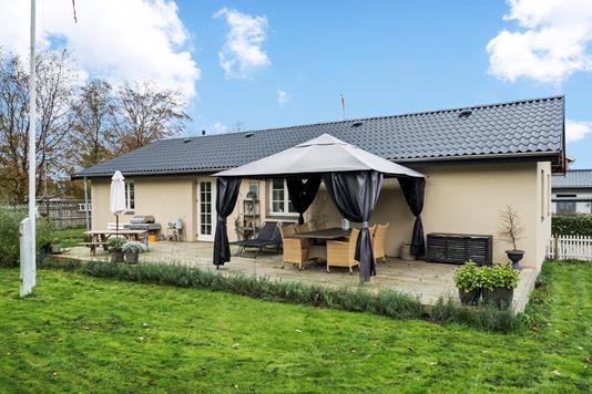 Villa på Ellemosevej i Køge - Ejendommen