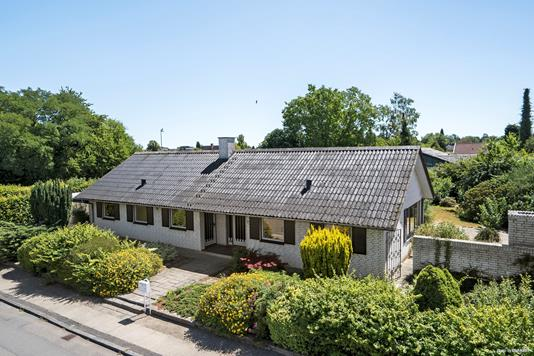 Villa på Kaprifolievej i Køge - Ejendommen