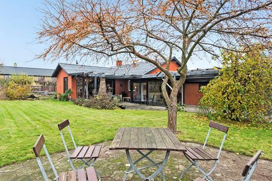 Villa på Bukkarvej i Køge - Have