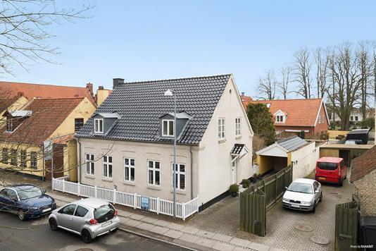 Villa på Jernstøbervænget i Køge - Ejendommen