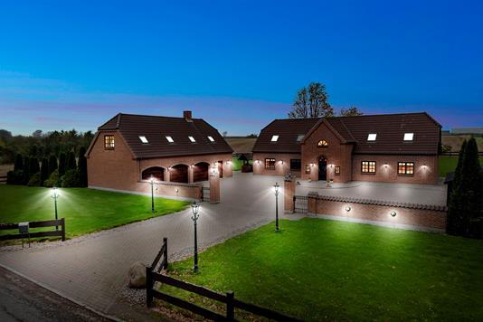 Villa på Lyngvej i Køge - Ejendommen