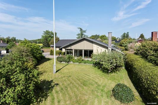Villa på Åbrinken i Tureby - Have