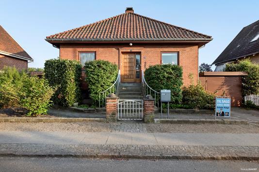Villa på Brorsonsvej i Køge - Ejendommen
