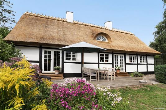 Villa på Ulstrup Bygade i Tureby - Ejendommen