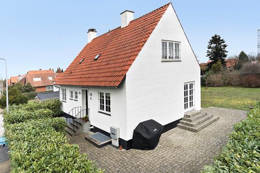 Villa på Langesvej i Køge - Ejendommen