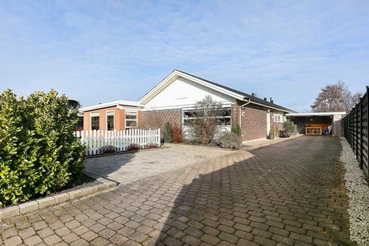 Villa på Dyssevangen i Køge - Ejendommen