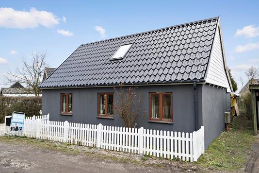 Villa på Risby i Hårlev - Ejendommen