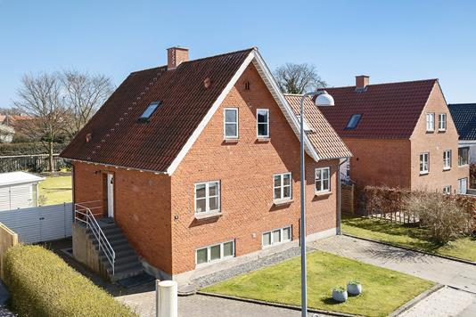 Villa på Frihedsvej i Køge - Ejendommen