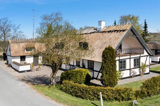 Villa på Ulstrupvej i Tureby - Ejendommen
