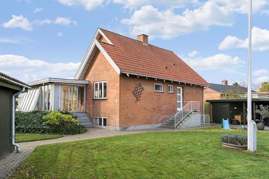 Villa på Skolevej i Bjæverskov - Ejendommen