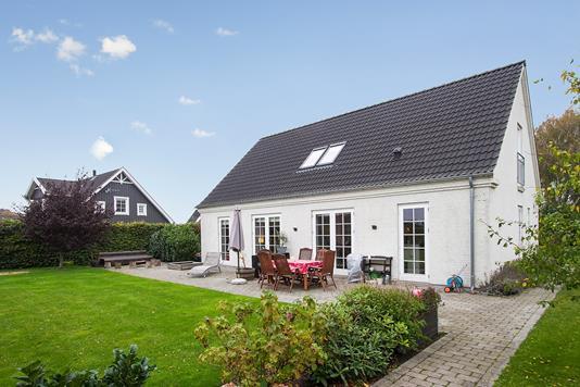 Villa på Bytoften i Haslev - Set fra haven