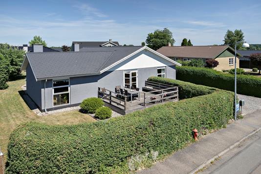 Villa på Manøvej i Køge - Ejendommen