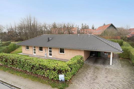 Villa på Duehusvej i Bjæverskov - Ejendommen