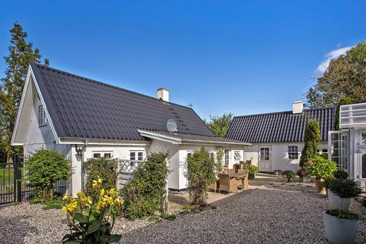 Villa på Højelsevej i Lille Skensved - Gårdsplads