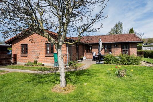 Villa på Nøddevænget i Haslev - Ejendommen