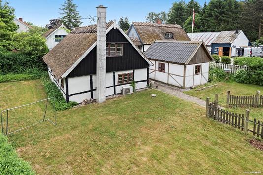 Villa på Bygaden i Hårlev - Ejendommen