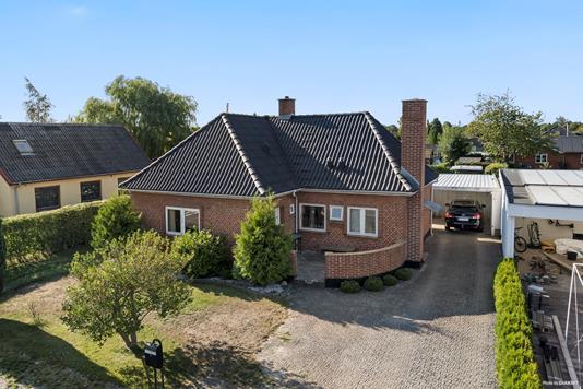 Villa på Smedevænge i Køge - Ejendommen