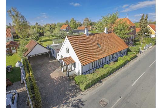 Villa på Slotsalleen i Svendborg - Ejendommen